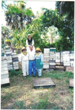 Fruitwood Orchards Beekeepers